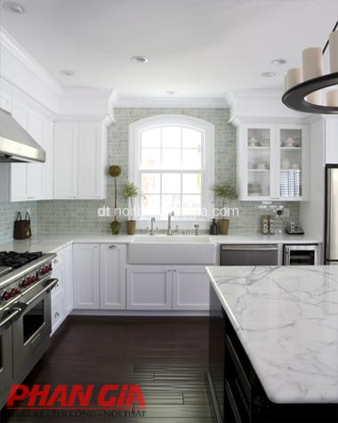 Thiết kế nội thất nhà bếp trắng sang trọng