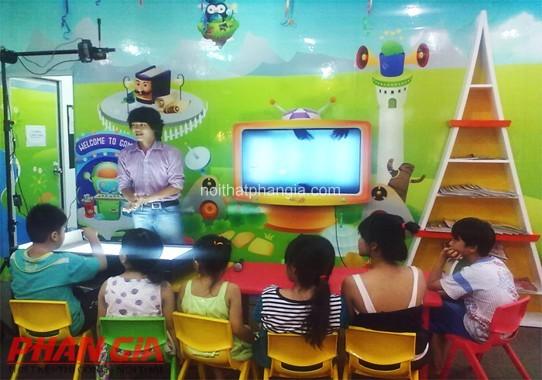 Người quản lý khu vui chơi trẻ em